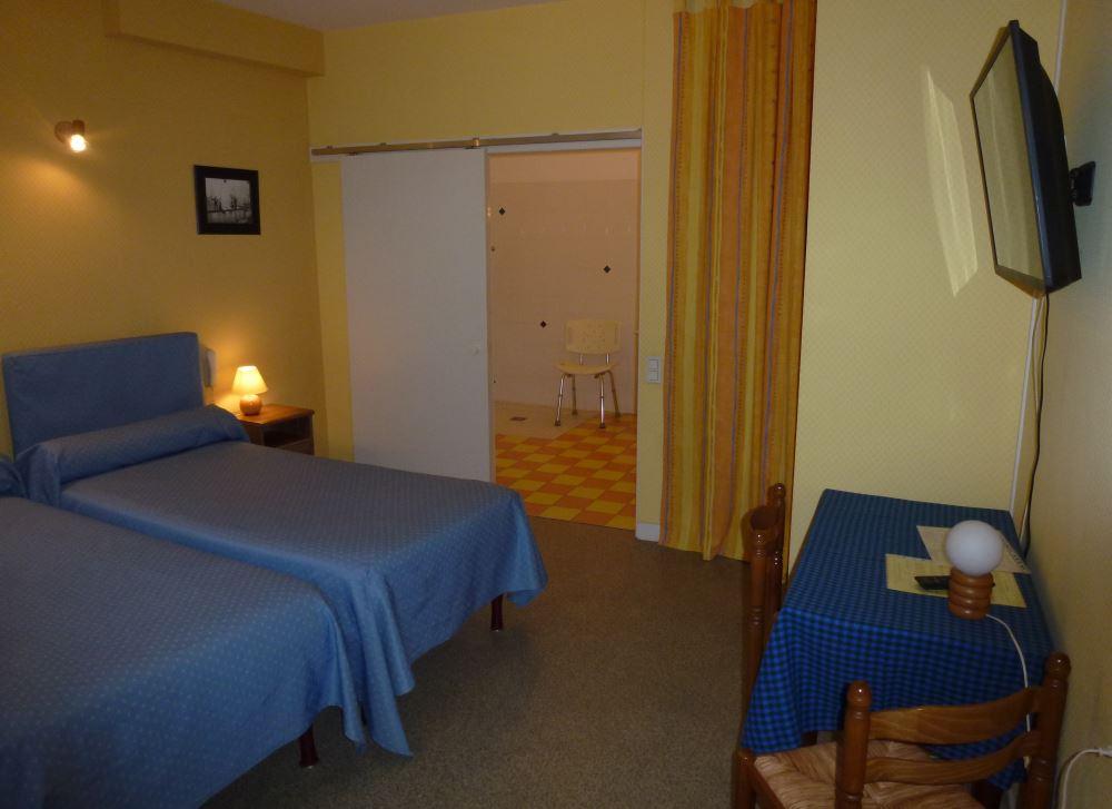 Les chambres de l 39 h tel de paris poligny jura for Chambre hotel paris